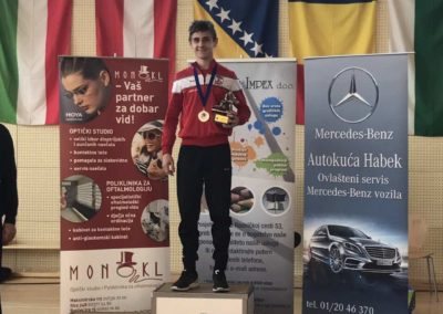 Zlato, srebro i dvije bronce osvojili su hrvači Podravke u Sesvetskom Kraljevcu