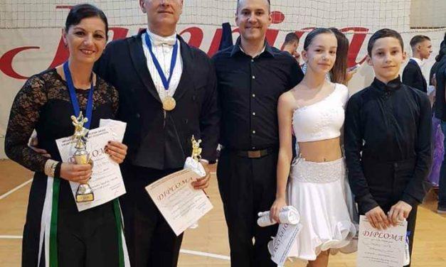 Državni prvaci PRH u 10 sportskih plesova Marina Tomac-Rojčević i Neno Rojčević