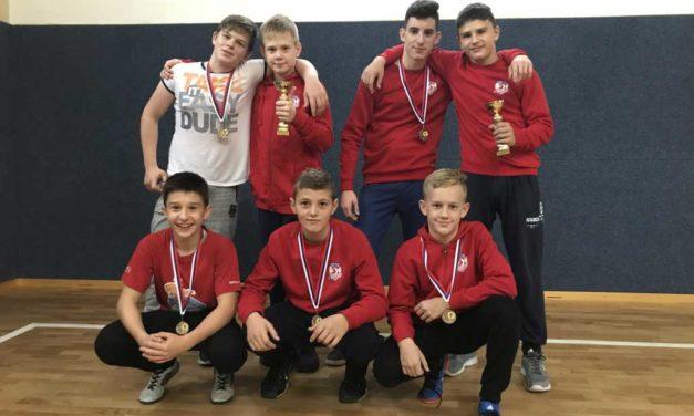 Sedam hrvača i isto toliko medalja osvojili su hrvači Podravke u Slovačkoj