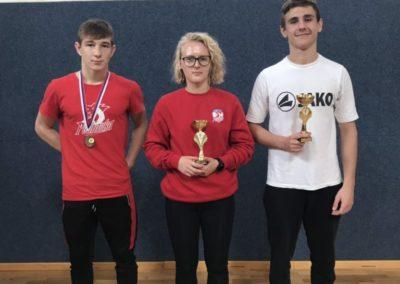 Tri brončane medalje osvojili su hrvači Podravke u Murskoj Soboti, a Antonija Štefotić i Filip Verčević zlatni, Valent Delimar brončani u Slovačkoj